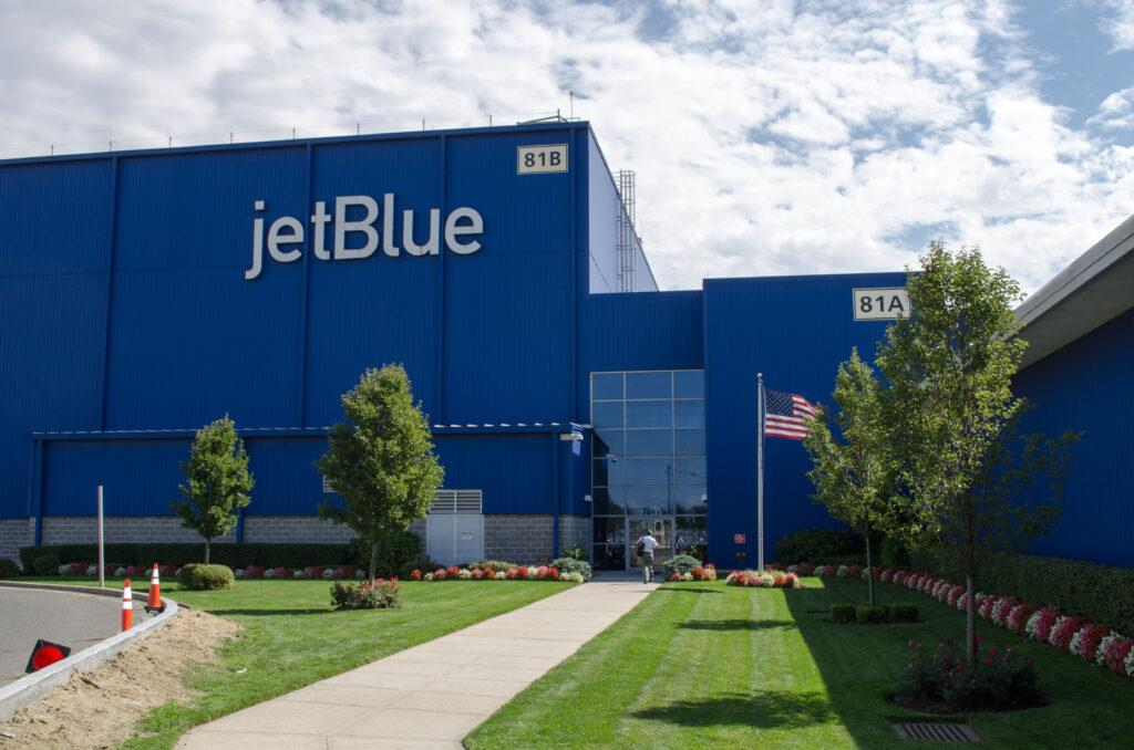 jetblue technical operations campus hangar